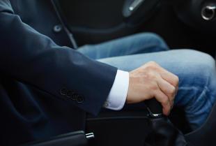 Twój pojazd ma problem ze sprzęgłem – skorzystaj z usług profesjonalnego zakładu mechanicznego.