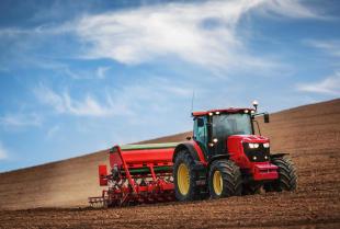Nowoczesne maszyny rolnicze w gospodarstwie