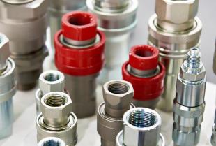 Rodzaje połączeń rur w instalacjach hydraulicznych