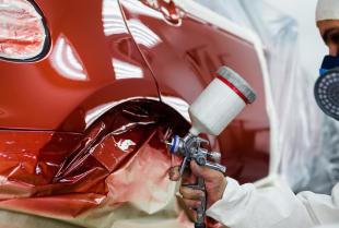 Dobór lakieru samochodowego
