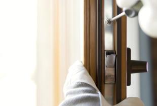 Co warto wiedzieć o montażu drzwi zewnętrznych?