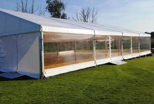 Bezpieczeństwo przy konstruowania hal namiotowych
