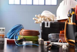 Najczęstsze awarie spowodowane złym montażem instalacji elektrycznej
