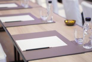 Jak wybrać odpowiednie miejsce na konferencję lub szkolenie pracowników?