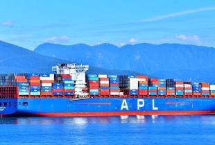 Jak odbywa się transport ładunków specjalistycznych?