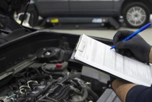 Przegląd okresowy auta – dlaczego jest ważny?