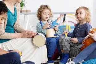 Jaki wpływ na rozwój dziecka ma muzyka?