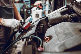 Usługi w zakresie mechaniki pojazdowej – czym zajmie się sprawdzony warsztat?