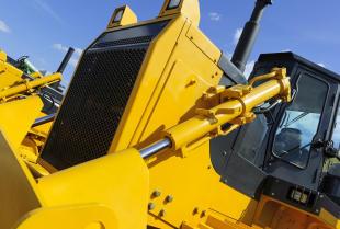 Napędy hydrauliczne – czym są, jak działają i jakie mają zalety?