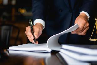 Jakie są podstawowe zasady sporządzania pism procesowych?