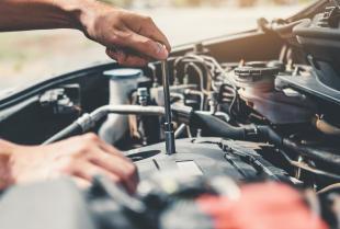 Podzespoły samochodowe - co warto regenerować?