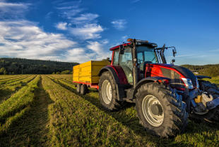 Części do maszyn rolniczych – co się psuje?