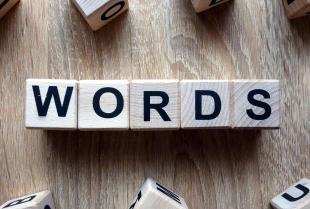 Język angielski – w jakim zakresie są nam w stanie pomóc tłumacze przysięgli?