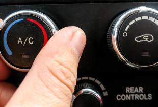 Co warto wiedzieć o układzie klimatyzacji samochodowej?
