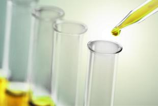 Rodzaje etanolu dedykowanego dla sektora przemysłowego i spożywczego