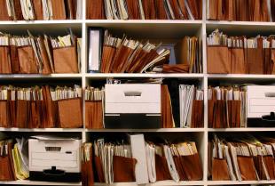 Jak przechowywać dokumentację pracowniczą?