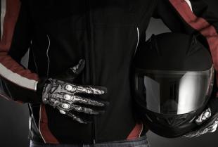 W jaki sposób należy dbać o odzież motocyklową?