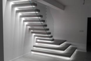 Na co zwrócić uwagę przy wyborze schodów do domu jednorodzinnego?