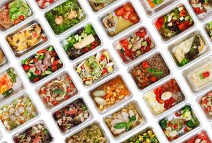 Zdrowe jedzenie na mieście. Czy to w ogóle możliwe?