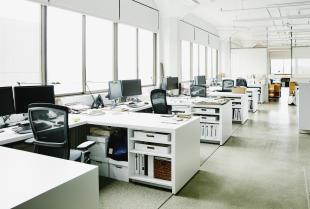 Jak dbać o czystość w biurze?