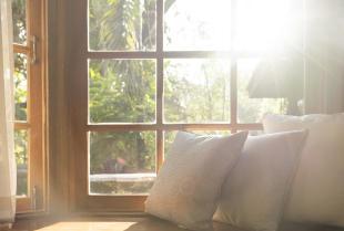 Wady i zalety okien wykonanych z drewna