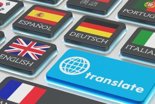 Kiedy korzystamy z usług tłumacza przysięgłego a kiedy zwykłego?