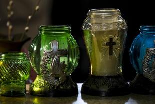 Dav-Pol jako wiodący producent zniczy i świec na krajowym rynku