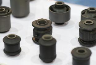 Wyroby gumowo-metalowe i ich zastosowanie jako izolatory drgań