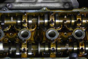 Kiedy skorzystać z usługi regeneracji silnika samochodowego?