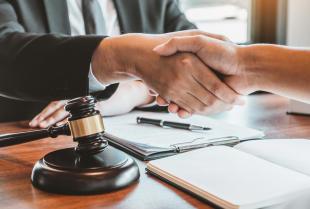 Dlaczego testament powinien być spisany w obecności notariusza?