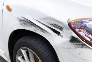 Gdzie naprawiać uszkodzenia blacharskie i lakiernicze samochodu?