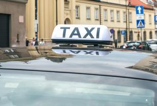 Czy podróż taksówką podczas pandemii koronawirusa jest bezpieczna?