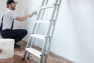 Malowanie mieszkania – jakie farby wybrać do konkretnych pomieszczeń?