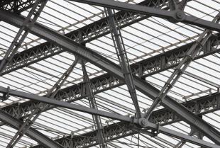 Zastosowanie i zalety konstrukcji stalowych