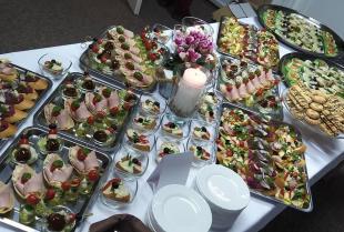 Na jakich imprezach okolicznościowych sprawdzi się kuchnia polska?