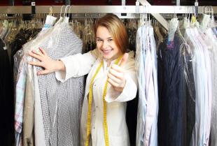 Dlaczego warto korzystać z usług prania odzieży i innych tekstyliów?