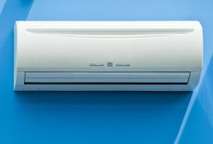Systemy klimatyzacyjne – przegląd, czyszczenie i nabijanie czynnika R
