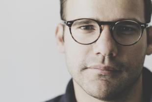 Dlaczego warto wybrać okulary progresywne?