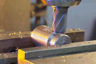Jak wygląda frezowanie CNC i jakie są jego główne zalety?
