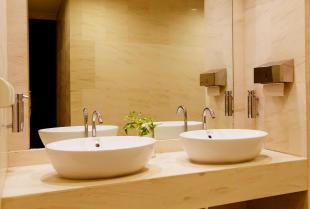 Jak wybrać dobry grzejnik do łazienki?