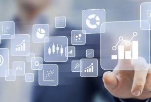 Informatyka w przemyśle – jakie są jej zadania?