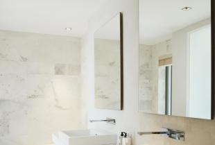 Jakie lustro wybrać do nowoczesnej łazienki?