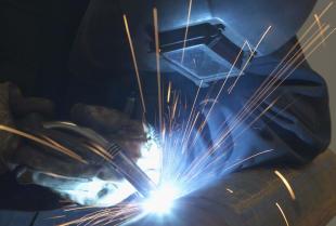 Co wchodzi w skład usług spawalniczych dla przemysłu?