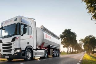 Specyfika transportu cementu luzem