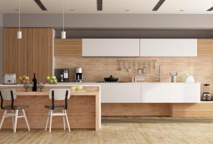 Meble kuchenne z drewna litego – czy warto się zdecydować?