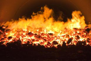 Jak efektywnie ogrzewać dom węglem?