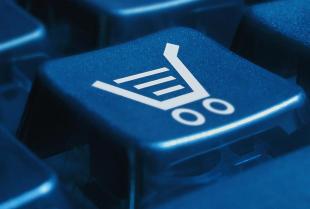 Zakupy w sieci podbijają rynek odzieżowy