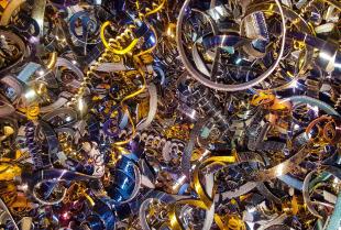 Metale nieżelazne — co warto wiedzieć na ich temat?
