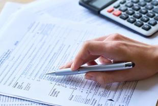 Czym zajmuje się doradca podatkowy?