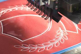 Haft komputerowy – znakomity sposób na znakowanie ubrań i tekstyliów